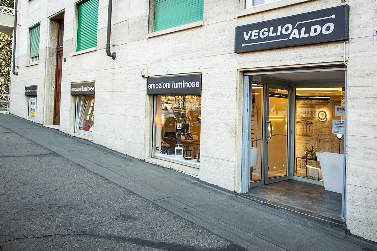 Veglio Aldo: sede di Corso Sommeiller 15/d a Torino. Il posto dove trovare lampadari, lampade, led, plafoniere, elettroforniture e illuminazione