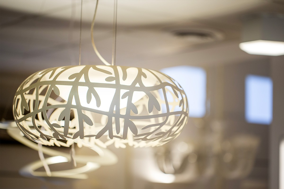 Il design e l'eleganza nell'illuminazione si trovano a Torino, nello showroom di Via Botticelli 151/a di Veglio Aldo