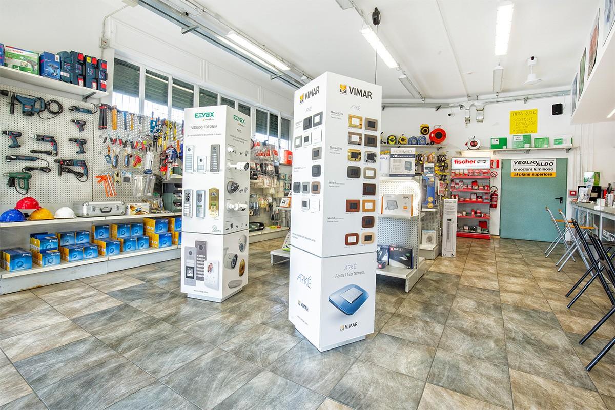 Vimar, Elvex, Fischer e molte altre marche sono disponibili nel punto vendita di Veglio Aldo di Corso Orbassano 400 a Torino