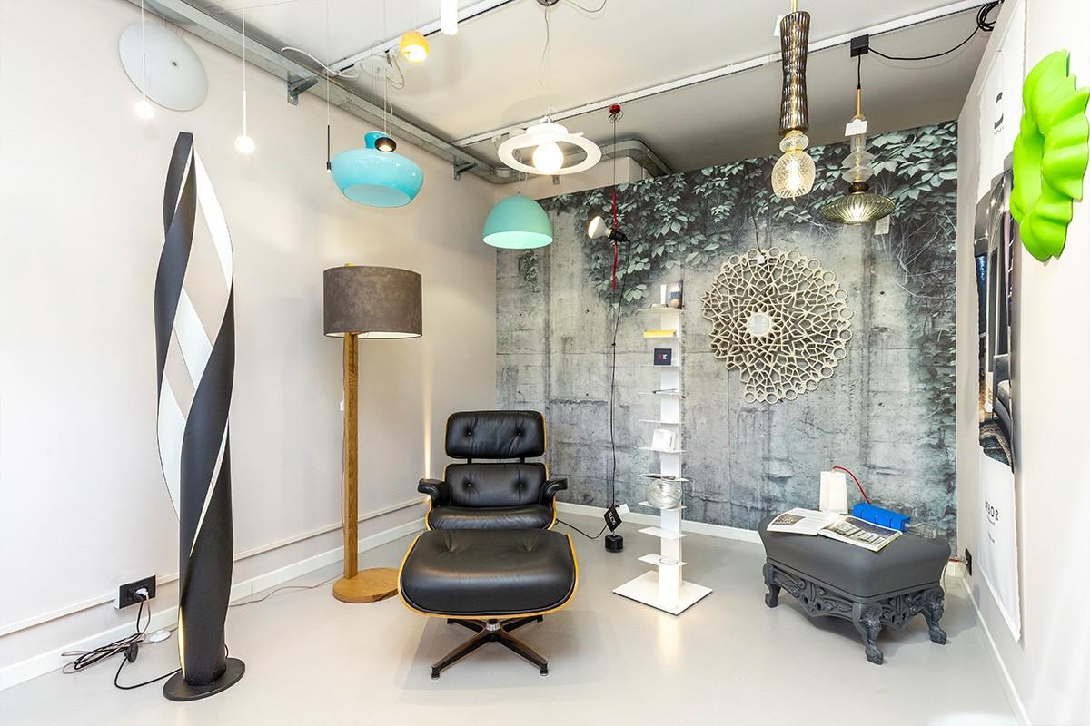 Punto Vendita di Corso Sommeiller 15/d di Vegliolux, un marchio del gruppo Idrocentro: dove trovare illuminazione e elettroforniture in centro a Torino